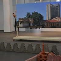 En Image l'expo «Gravity³» de Sadek Rahim au MAMO, la créativité qui défie l'apesanteur.